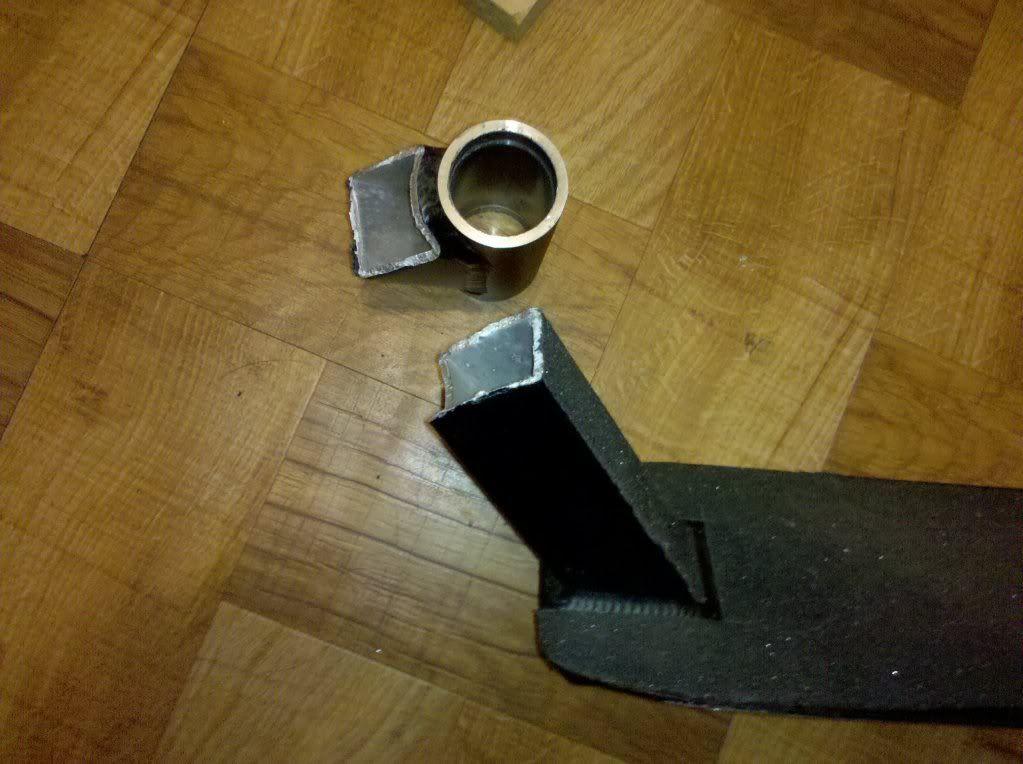 http://trotirider.com/forum/userimages/2/brokenphoenix.jpg